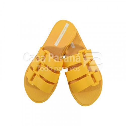 Zapatilla para dama calce del 35 al 40 en colores amarillo, blanco, rosa, negro